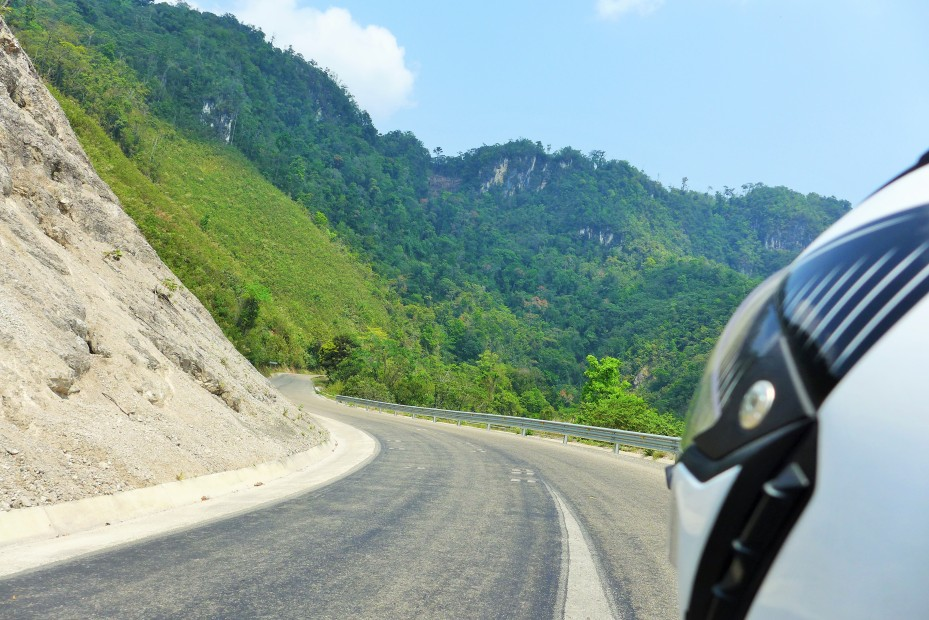 Curvy roads from San Cristobal to Palenque