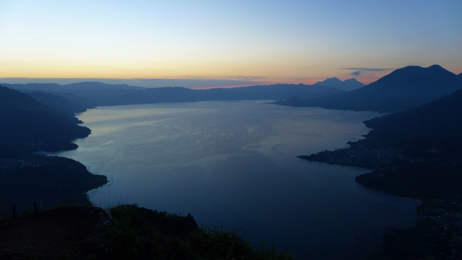 Beautiful lago de Atitlan