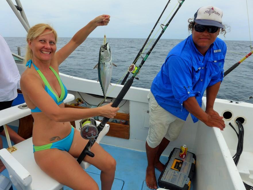 Lisa love too fish