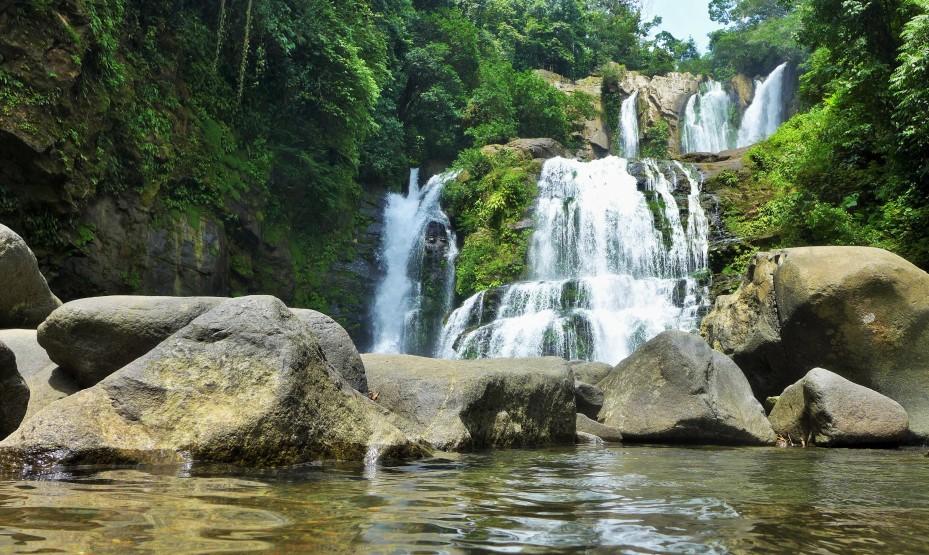 Nauyaca falls