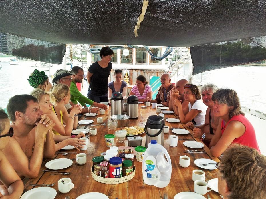 the Stahlrattes full house dinner table