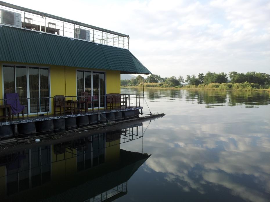 raft hotel