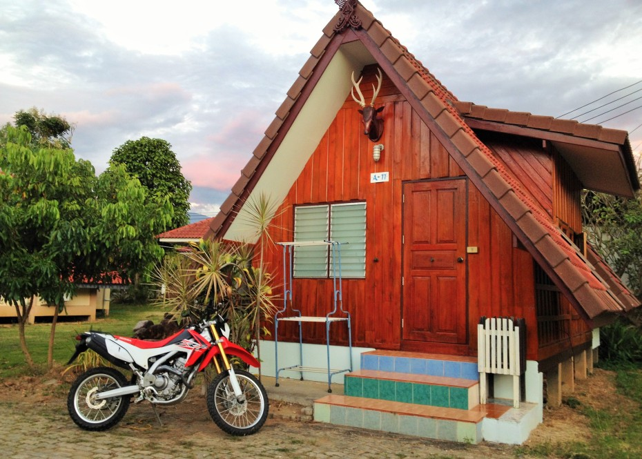 our cozy cheap bungalow in Mae Chaem