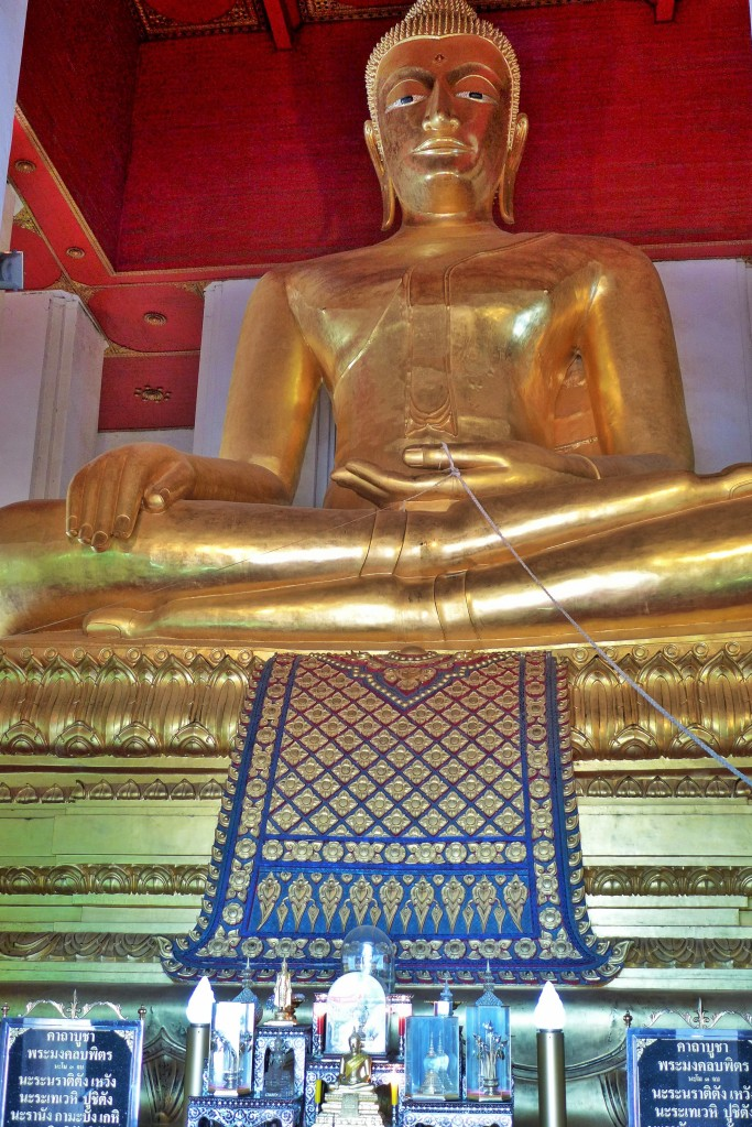 the famous bronzed Buddha