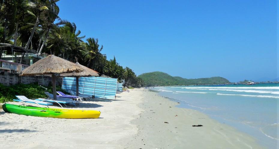beachfront Paradise hotel